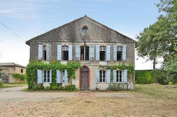 Maison 9 pièces 365 m2