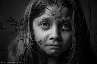 Photo: fotografia portret dziecka, fotograf krakow, jacek taran, fotografia czarno-biala, fotografia artystyczna;