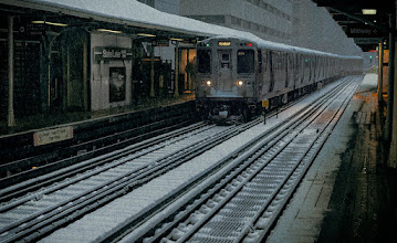 Photo: Snowstorm in Chicago, from the El platform.  #snow #chicago #urbanphotography