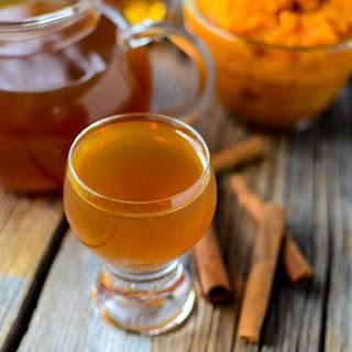 Crock Pot Pumpkin Liqueur.