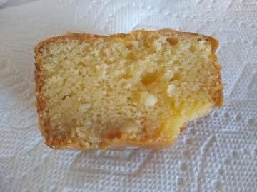 White chocolate peanut butter cake