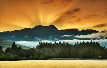 Photo: We had a wonderful sunrise in Queenstown today... !!!
