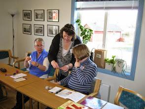 Photo: Sandys workshop i Magic Loop och strumpstickning - kursen hålls både på engelska och svenska.