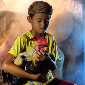 The Portrait of a Child by Saiful N. Firmansyah - Babies & Children Child Portraits ( chicken, child, pet, portrait of child, children, portraits, portrait,  )