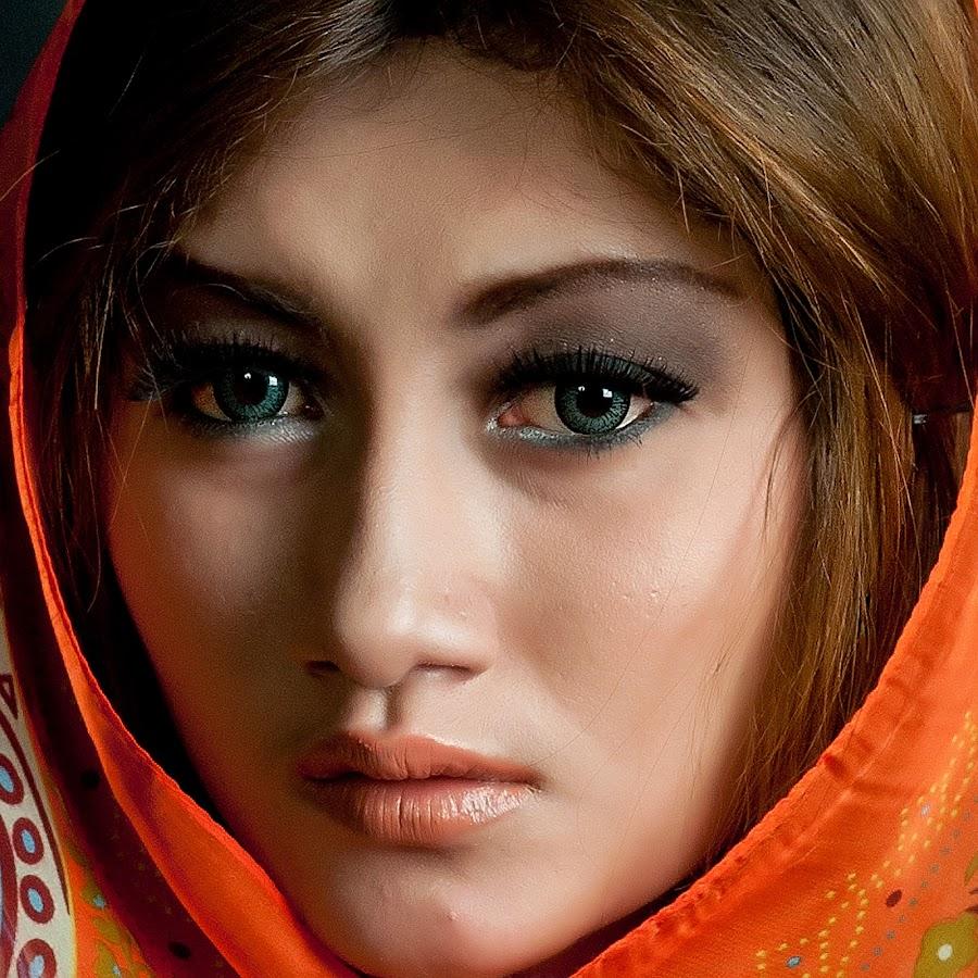 by Hendra Hudiono - People Portraits of Women ( pwcfaces )