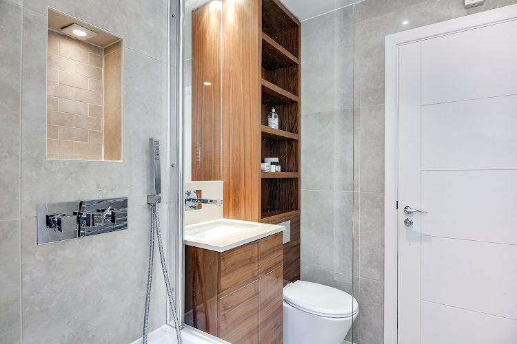 Bathroom at Aston House Serviced Apartments, Farringdon