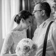 Wedding photographer Adina Badea (adinabadea). Photo of 29.02.2016
