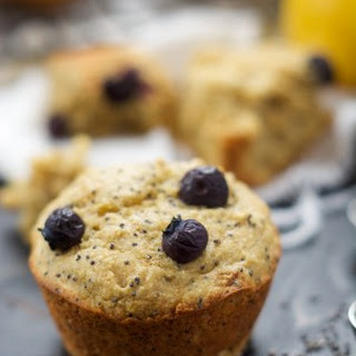 Skinny Raspberry Coffee Cake Muffins with Almond Streusel