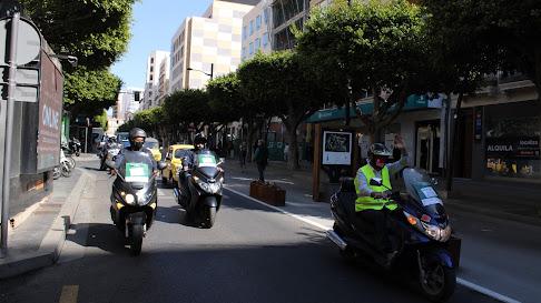 Caravana de Ashal por las calles de Almería.