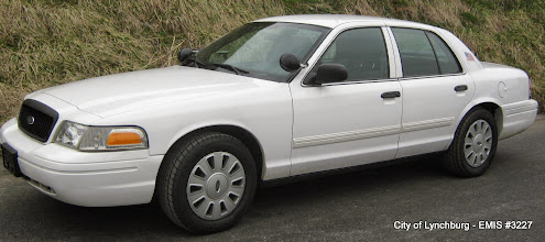 Photo: Lot 13 - (3227-1/4) - 2011 Ford Crown Victoria - 104,162 miles