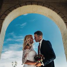 Wedding photographer Dmitriy Shumeev (wedmoment). Photo of 19.02.2018