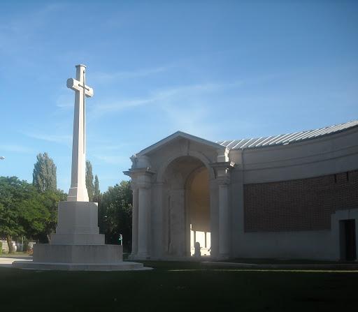 Thomas Gray grave