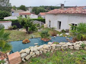 maison à Saint-Denis-du-Pin (17)