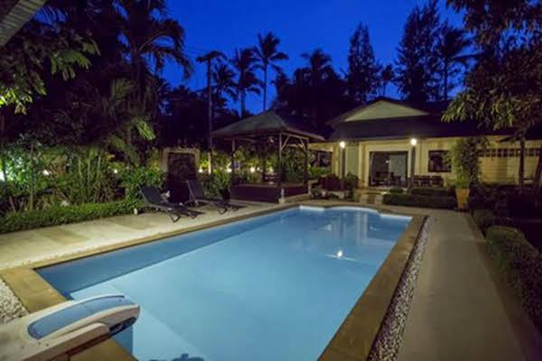 Natien Beach Villa