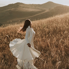 婚禮攝影師Katya Mukhina(lama)。27.04.2019的照片