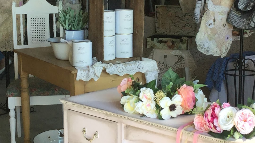 Wisteria Lane Vintage Shop Antique Shop In Myaree