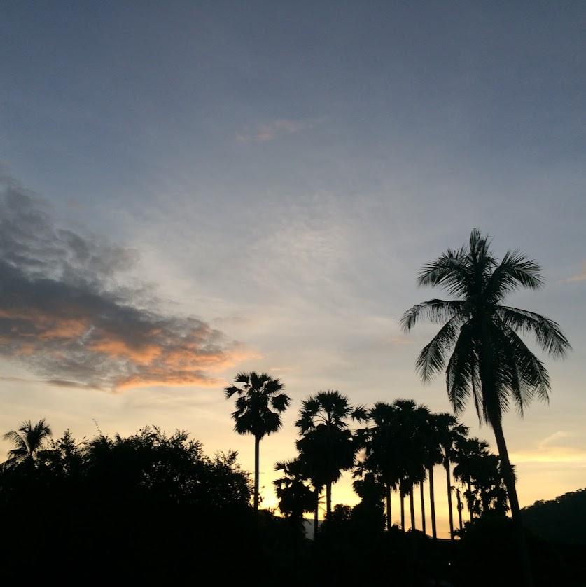 Ciudad de Luang Prabang. En Laos. Puesta de sol.