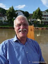 Photo: Und auch die Stocherkahnfahrer sind mit Spaß und Herz dabei (hier Helmut Reichelt).