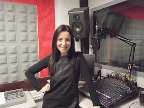Photo: A cantora Teresa Radamanto na Rádio Nazaré