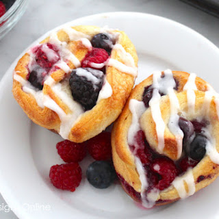 Berry Breakfast Buns.