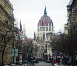 Photo: Parlament od strony placu Wolności (Szabadság tér) - 34