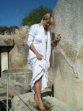 Photo: Fußwaschung im Tempel...