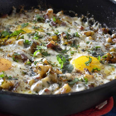 Skillet Potato and Eggs