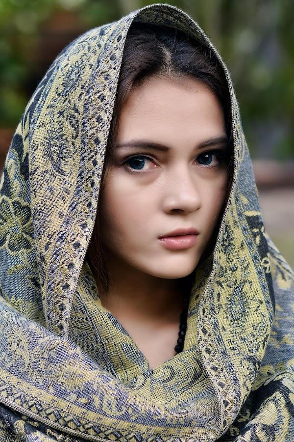 by Watercat Tukangpotret - People Portraits of Women