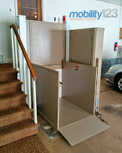 Photo: Wheelchair Lift | Vertical Platform LiftWheelchair Lift | Vertical Platform Lift