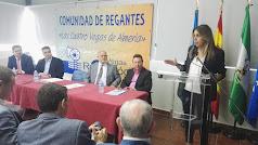 Susana Díaz, durante su visita a la Comunidad de Regantes Cuatro Vegas.