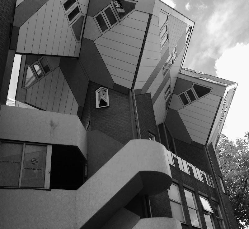 Kubuswoningen - Le case cubiche di grigio_andrea
