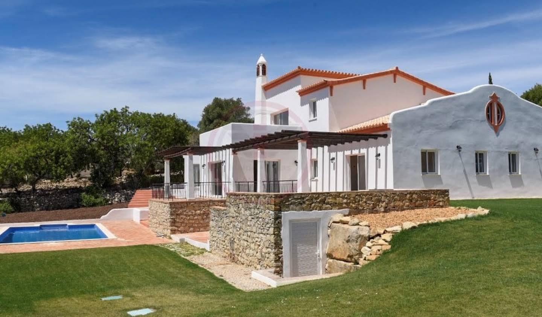 Maison avec jardin et terrasse Loule