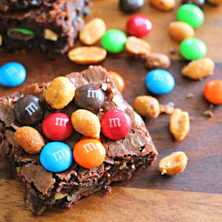 Trail Mix Brownies – Just The Good Stuff