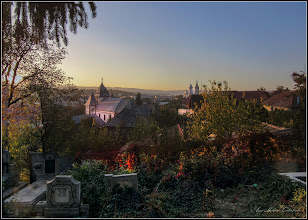 "Photo: Turda - Str. Sirenei, Nr.17 - ""Biserica Dintre Romani"" - vedere din Cimitirul Central - 2018.10.11"