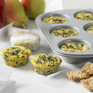 Lunch Box Mini Frittatas with Red Pepper and Spinach