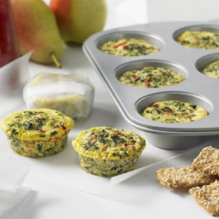 Lunch Box Mini Frittatas with Red Pepper and Spinach.