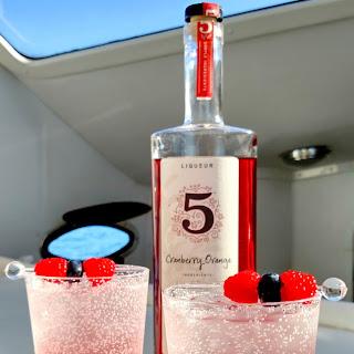 Berry Citrus Fizz Cocktail.