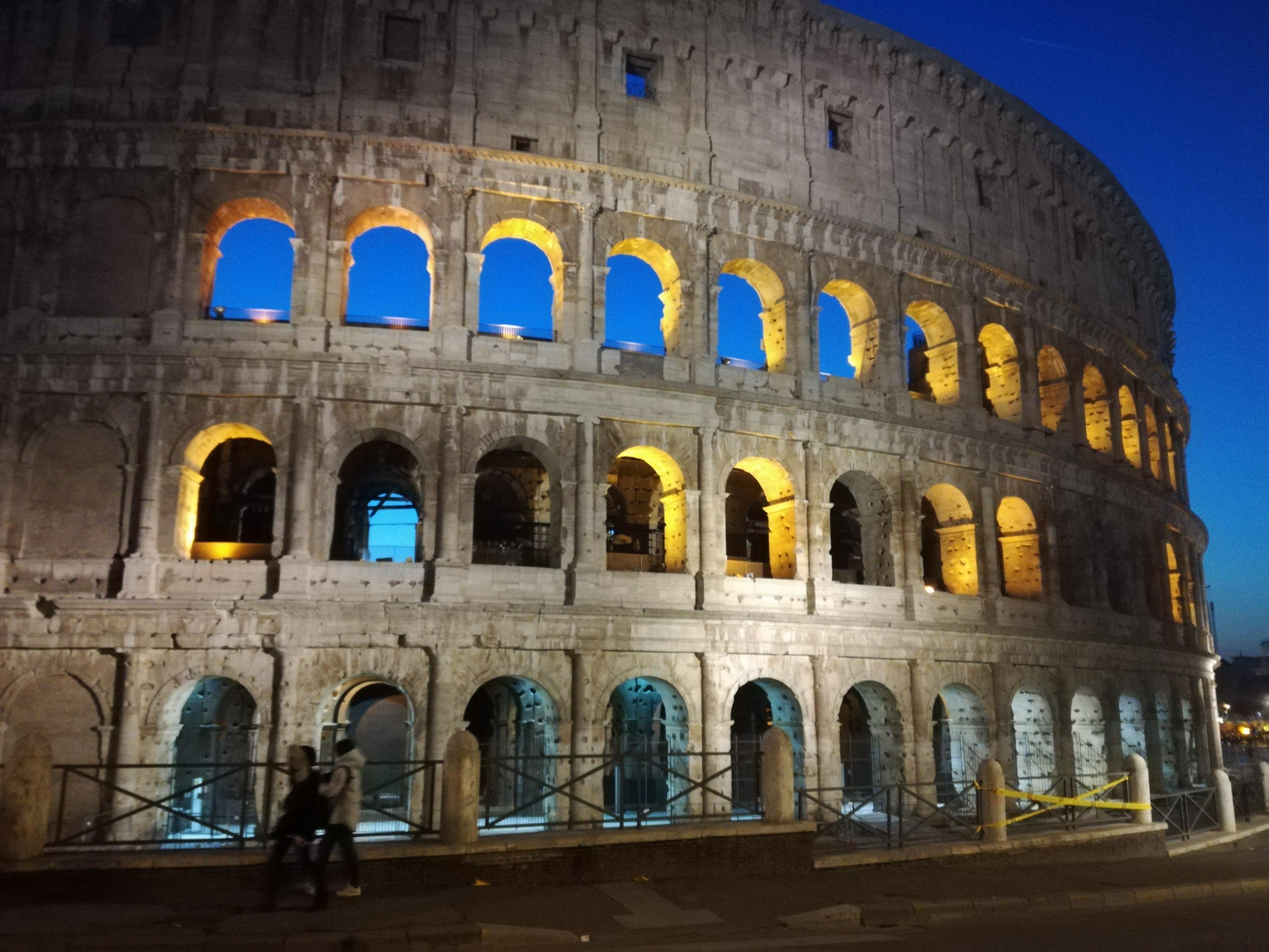 Rome in the night  di cristina_mancini