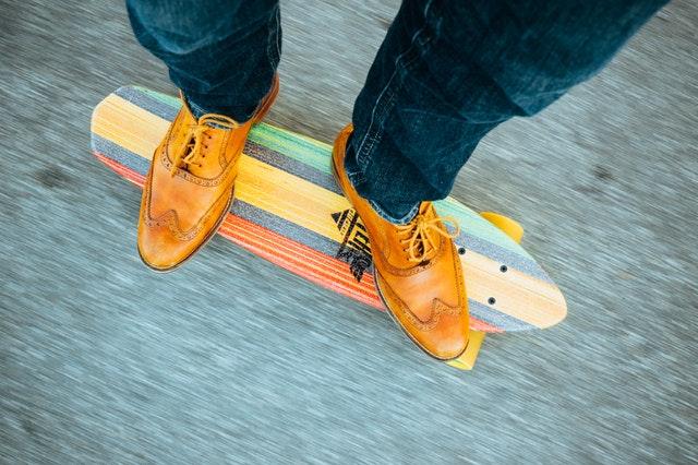 feet-hipster-longboard-skateboard.jpg