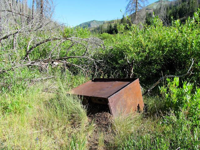 Old stove in Flood Canyon