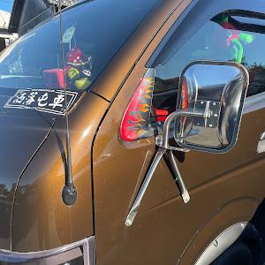 ハイエースワゴン TRH214Wのカスタム事例画像 德ちゃん(洒落屯車)さんの2021年10月15日08:20の投稿