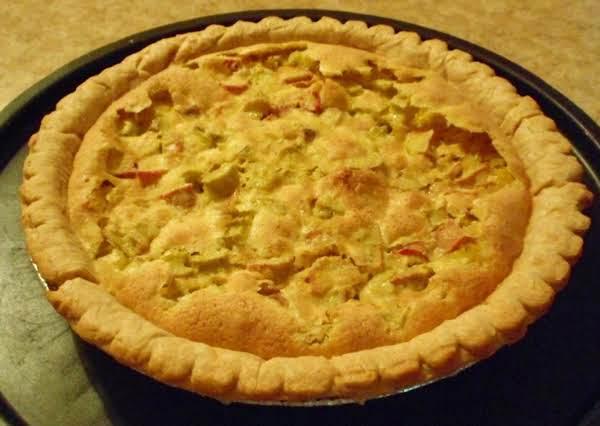 Gram's Rhubarb Pie Recipe