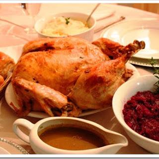 Boneless Roasted Turkey Recipe / Receta de Pavo Relleno Deshuesado