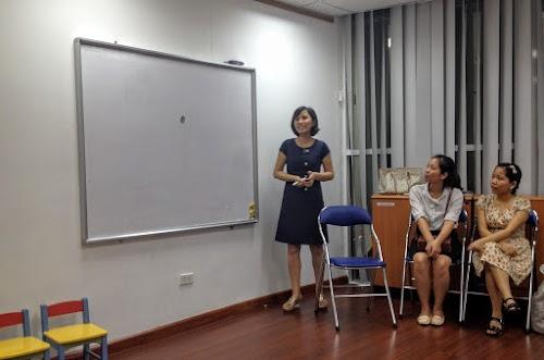 Cô Xuân chia sẻ trong buổi họp mặt Coaching