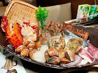 蟹飽王帝王蟹泰國蝦燒烤鍋物吃到飽