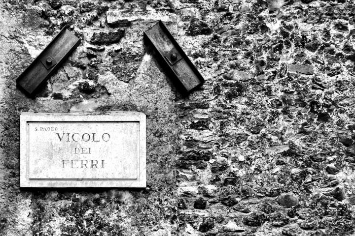 Vicolo dei Ferri di Luigi Segatori