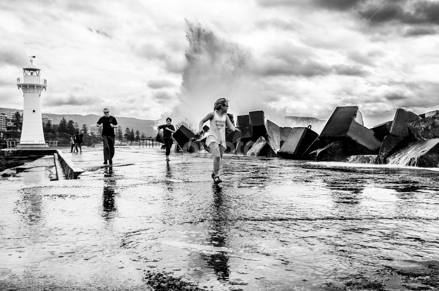 crash by Juzzy Beverstock - News & Events Weather & Storms ( wollongong, harbour, wave, storm, running, rain )