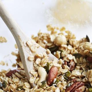 Low-Carb Sugar-Free Granola