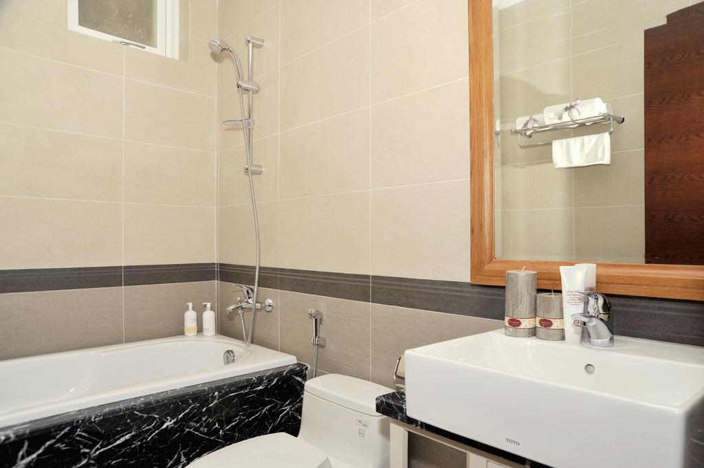 Phòng tắm - Him Lam RiverSide