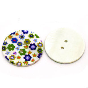 Blommig pärlemorknapp, blå, 30 mm